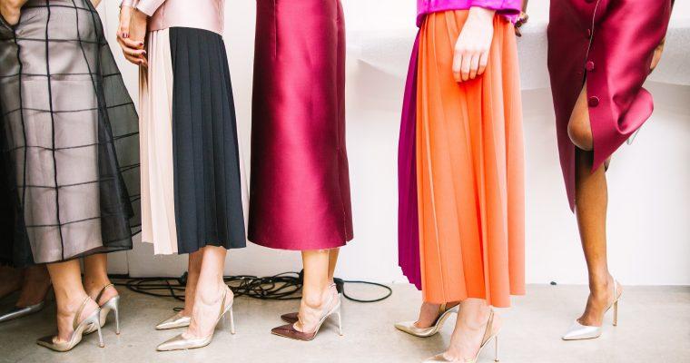 Okładka artykułu Co łączy goset i modne buty…